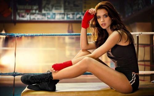 6974060-sexy-boxer-girlc1675.jpg