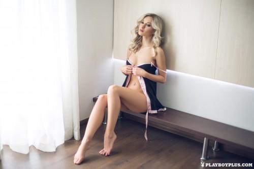 alice-wonderlust-nude118cad4.jpg