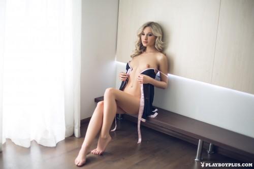 alice-wonderlust-nude131858d.jpg
