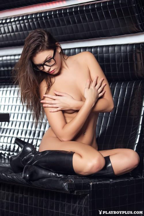 sabrisse-spectacular-nude14ff115.jpg
